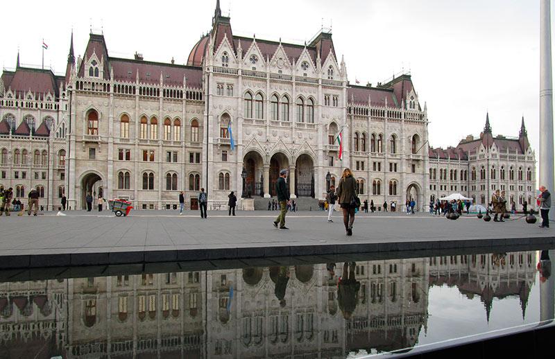 BUDAPEST-EN-3-DÍAS-Parlamento-de-Hungría