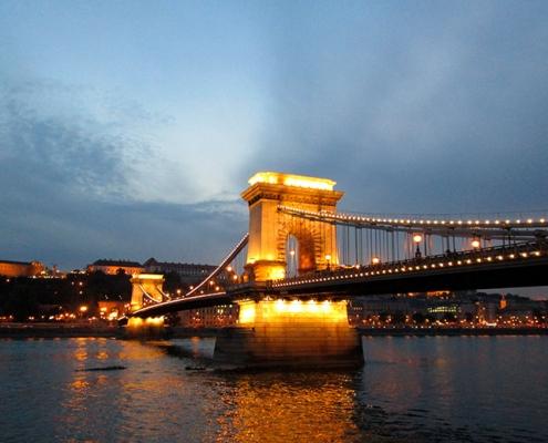 BUDAPEST-EN-3-DÍAS-Puente-de-las-Cadenas