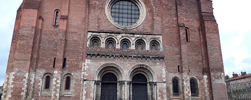 La Basílica de Saint-Sernin es la iglesia románica más grande de todo Occidente