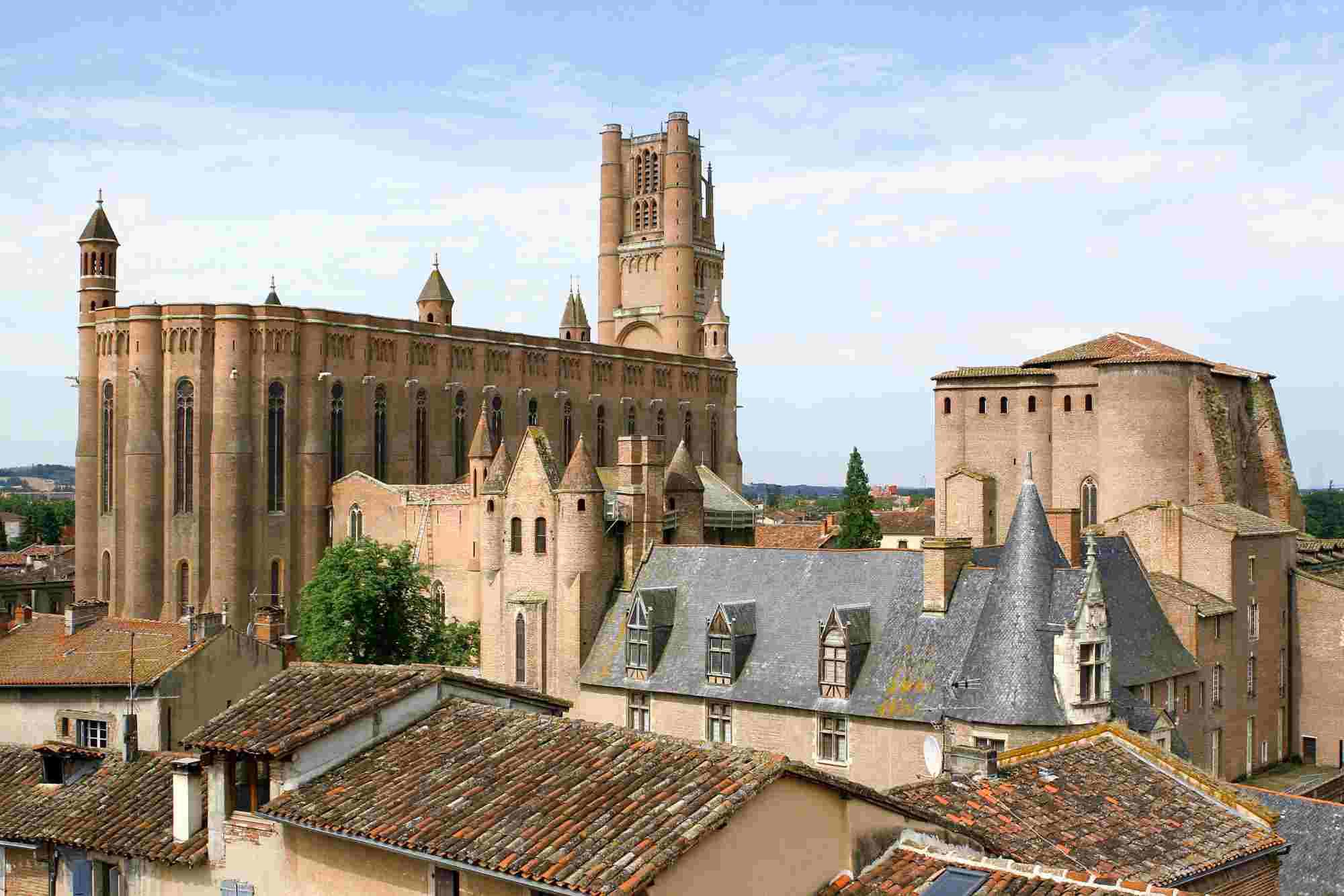 Si buscas qué ver en Albi, no te puedes perder la Catedral de Santa Cecilia