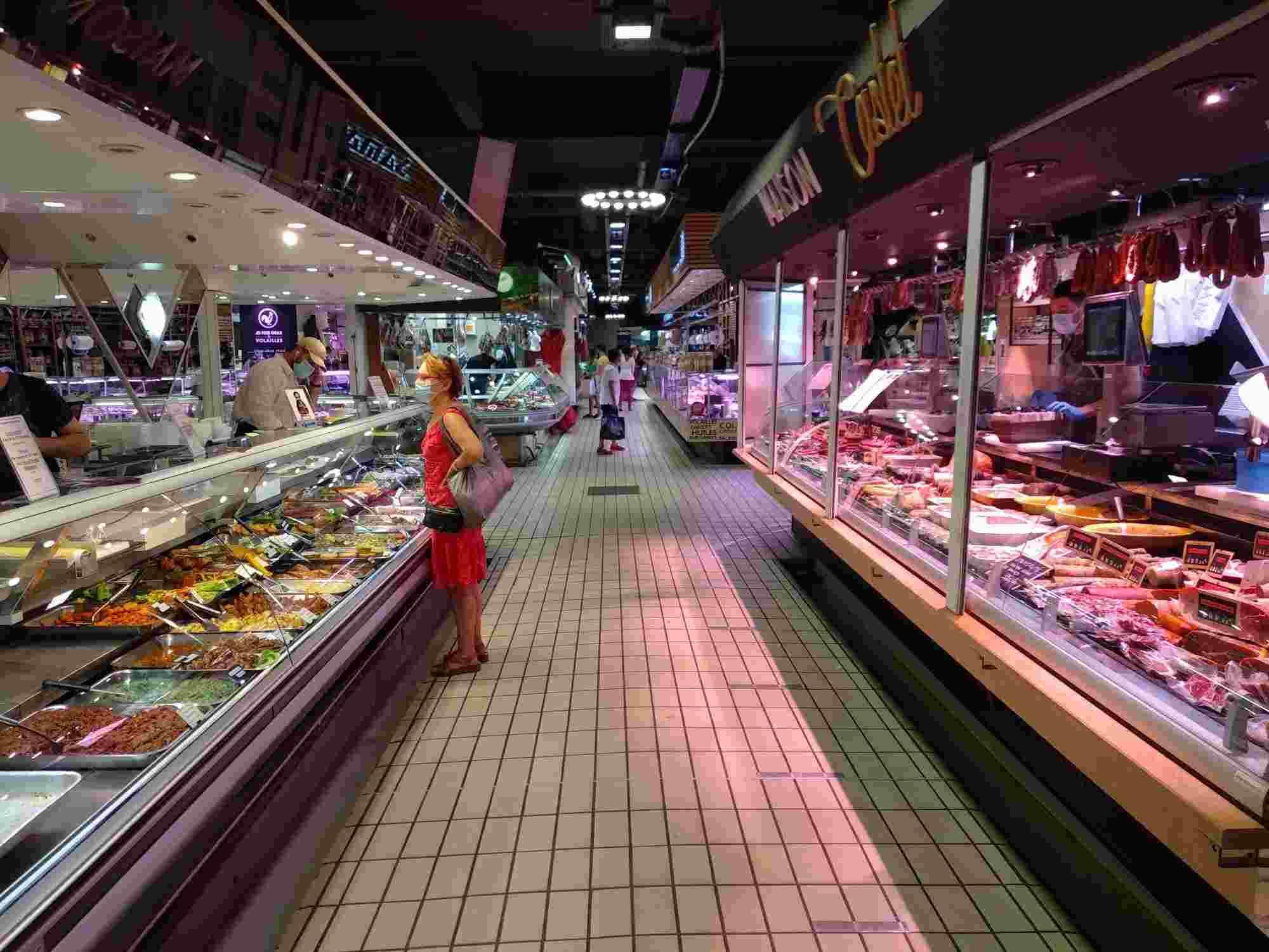El Mercado de Víctor Hugo es el lugar idóneo para los que buscan dónde comer en Toulouse