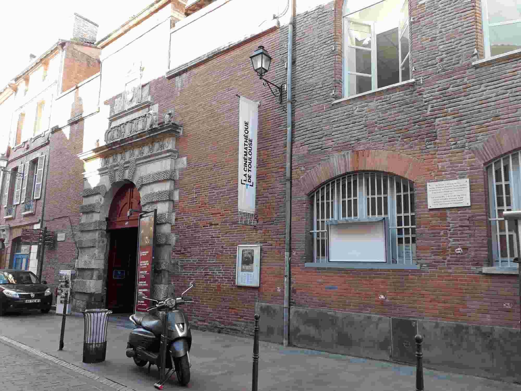 El PSOE era dirigido durante el exilio español en Toulouse desde este edificio en la Rue du Taur
