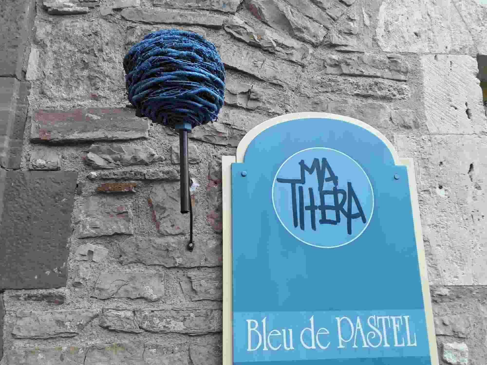 El tinte azul pastel marcó una etapa mítica en la ciudad de Toulouse y se elabora con las cocagnes fabricadas con las hojas del glasto